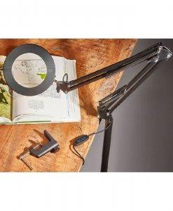 Šviestuvas su LED apšvietimu ir padidinamuoju stiklu